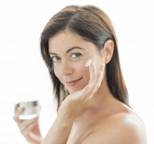 Pleťový krém NIVEA Cellular Perfect Skin Denní krém obsahuje extrakt z magnolie