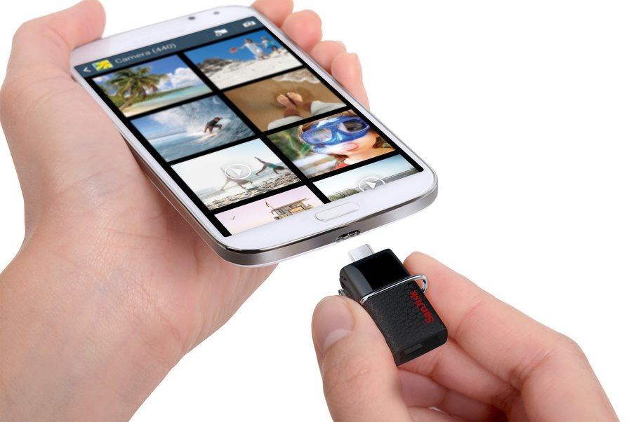 Připojitelné k mobilnímu telefonu