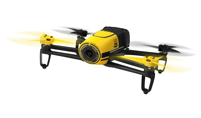 Dron v letu