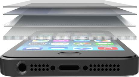 Ochranné sklo ZAGG invisibleSHIELD Glass (telefon na obrázku neodpovídá modelu, pro který je ochranné sklo určeno).