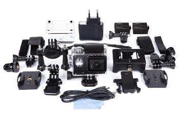 Velké množství příslušenství zdarma ke kameře