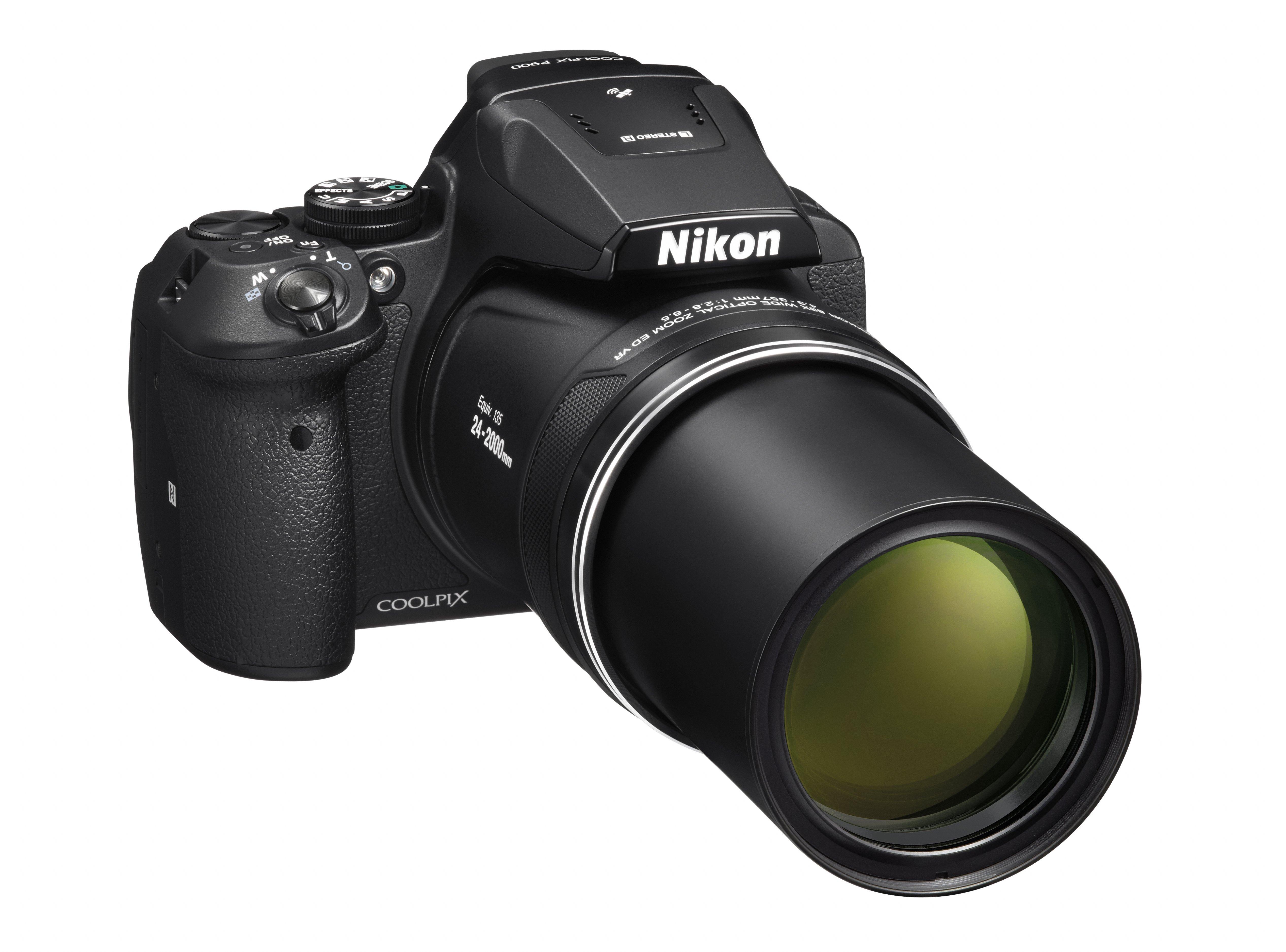 Nikon Coolpix P900 nabídne extrémní optický zoom 83x
