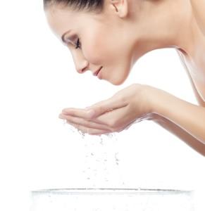 DOVE Deeply Nourishing sprchový gél